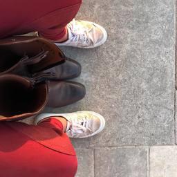 On attend encore quelques jours enfin d'enfiler les bottes pour fe bon.  Pour l'instant, les boots suffisent pour se balader avec notre poney Lota. Vous avez tous repris ?  #horse #horseriding #dressage #cheval #pre #equine #equestrian #horselover #equestrianlife #equestrianlifestyle #cavalier #cavaliere #horserider #horseofinstagram #summer #trotteur #sellefrancais #frison #equestrian #equestrianstyle #pferd #dressage #dressagehorse #horseofinstagram