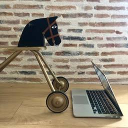 Nouvelle chaise de bureau #home #lifestyle #horserider #equestrianlife #equestrian